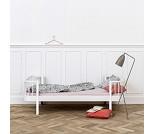 Wood hvit enkelseng fra Oliver Furniture