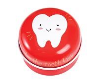 Rød tannboks i metall