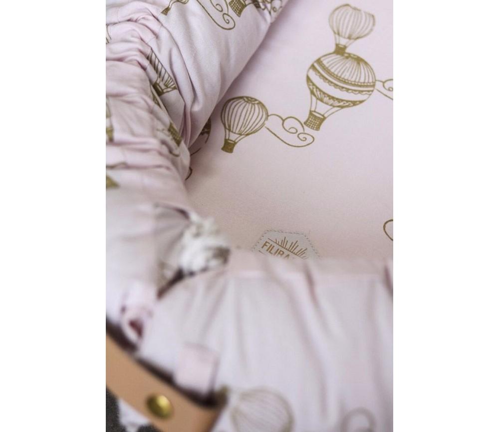 Lyserosa Babynest Med Luftballonger Filibabba Sprell Veldig