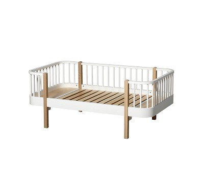Wood hvit/eik junior sofaseng fra Oliver Furniture