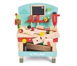 Arbeidsbenk i tre med verktøy fra Le Toy Van