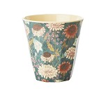 Blå kopp i melamin med blomster fra Rice