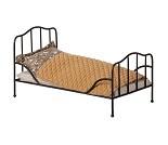 Dukkeseng og sengetøy, 26 cm fra Maileg