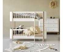 Mini+ hvit/eik lav køyeseng - Oliver Furniture